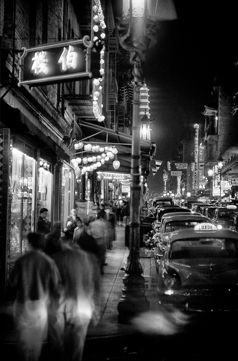Chinatown at Night © Fred Lyon