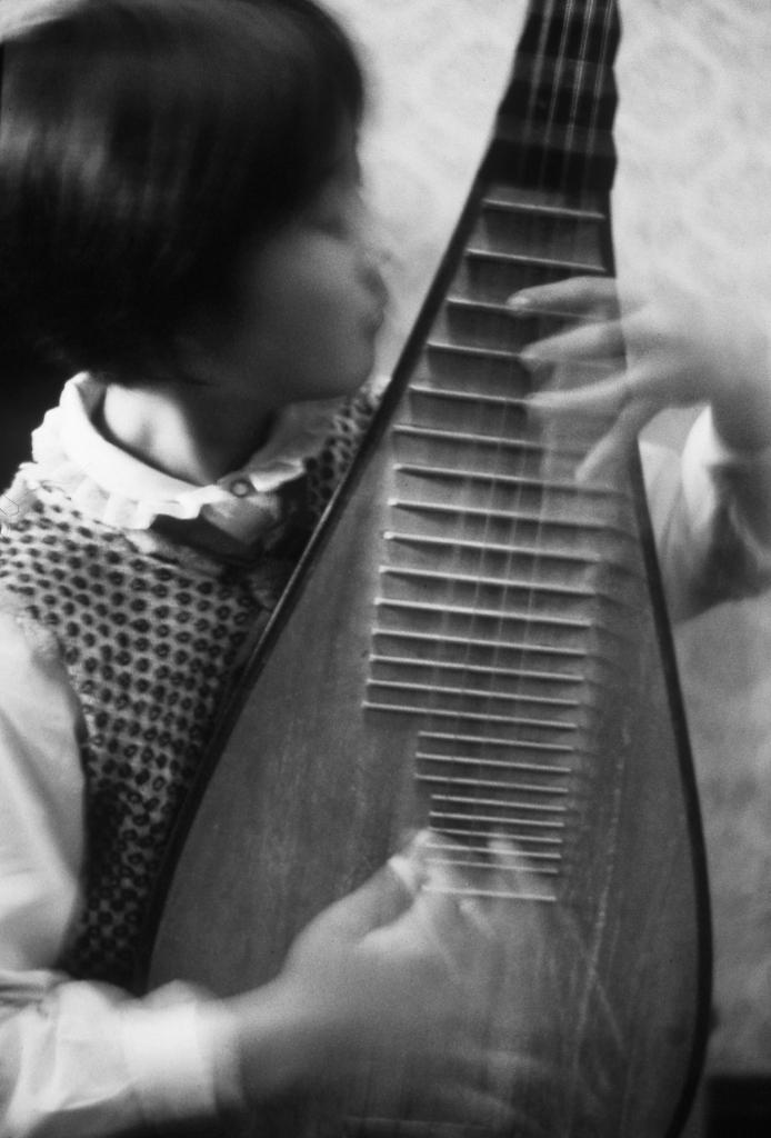 Young Musician © Alan Ross
