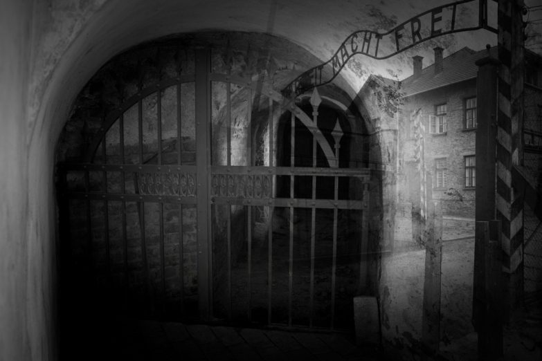 Columbarium and Auschwitz © Keron Psillas